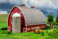 Palouse Scenic Byway Red Barn (1)